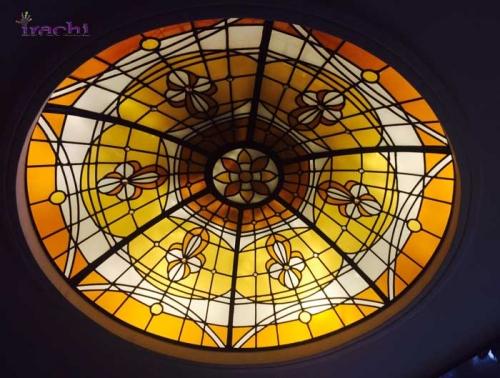 گنبدهای شیشه ی باتکنیک استین گلاس